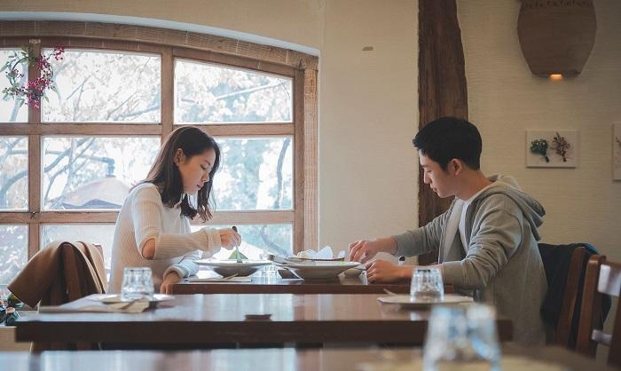 Ai là người trả tiền trong những buổi hẹn hò?