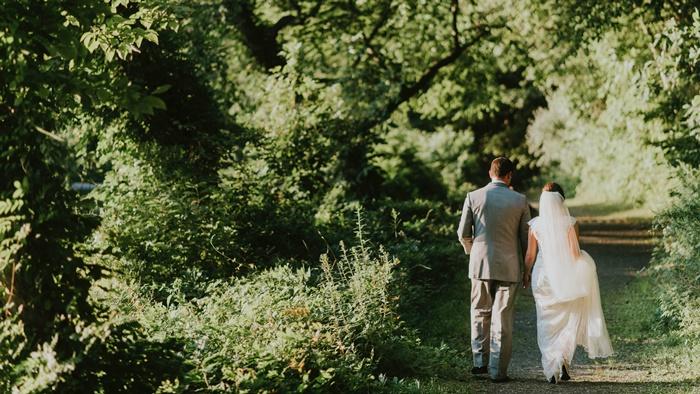Tháng kết hôn theo cung hoàng đạo ảnh hưởng thế nào đến đời sống hôn nhân của bạn?