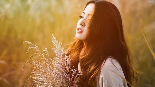 Ai sẽ còn mang nắng để nghe ta thở than cuộc đời