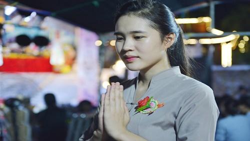 Những điều nên làm khi đi chùa cầu bình an cho cha mẹ vào ngày lễ Vu Lan