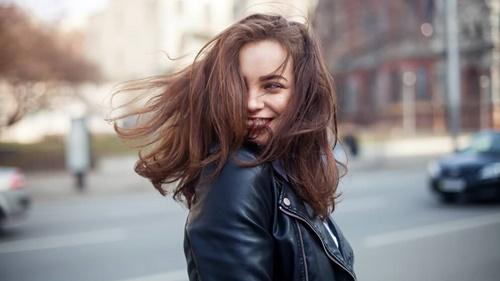 Muốn biết vận mệnh giàu nghèo sướng khổ của phụ nữ chỉ cần nhìn vào mái tóc