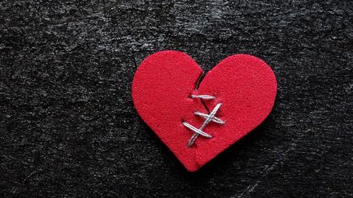 7 cách giúp bạn hàn gắn nỗi đau chia tay