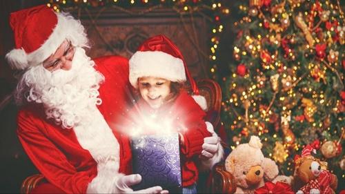 Những câu chuyện thú vị trong đêm Giáng sinh trên khắp thế giới