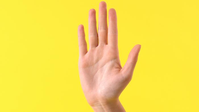 Bạn có phải người thành công hay không? Nhìn ngón tay đeo nhẫn sẽ biết
