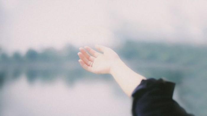 Khi tất cả ký ức xưa đều không bằng một phút buông tay muộn màng