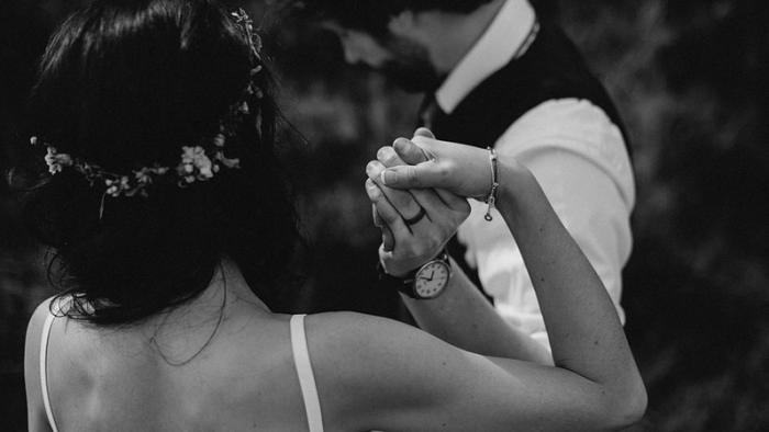 Hãy nghĩ đến hôn nhân khi đủ tình yêu và trách nhiệm