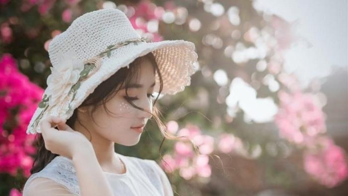 Mùa nắng anh về hoa nở tưng bừng