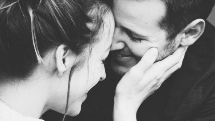 Ở bên em, anh hạnh phúc tuyệt vời
