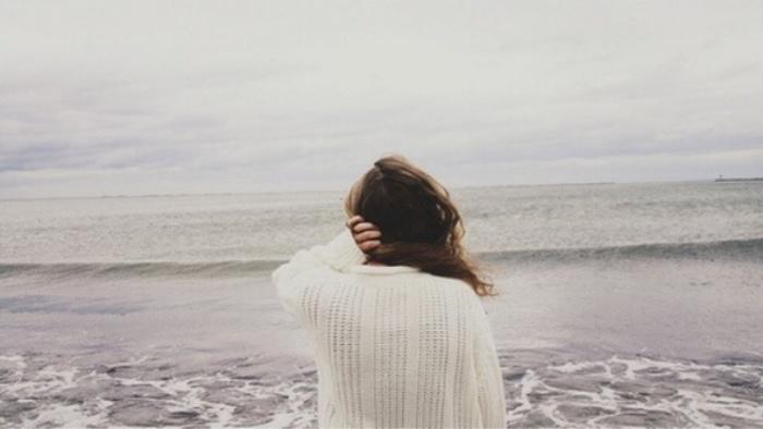 Nếu kỉ niệm vô tình như con sóng