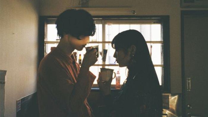 Giữa chúng ta, là tình yêu hay là tình bạn?